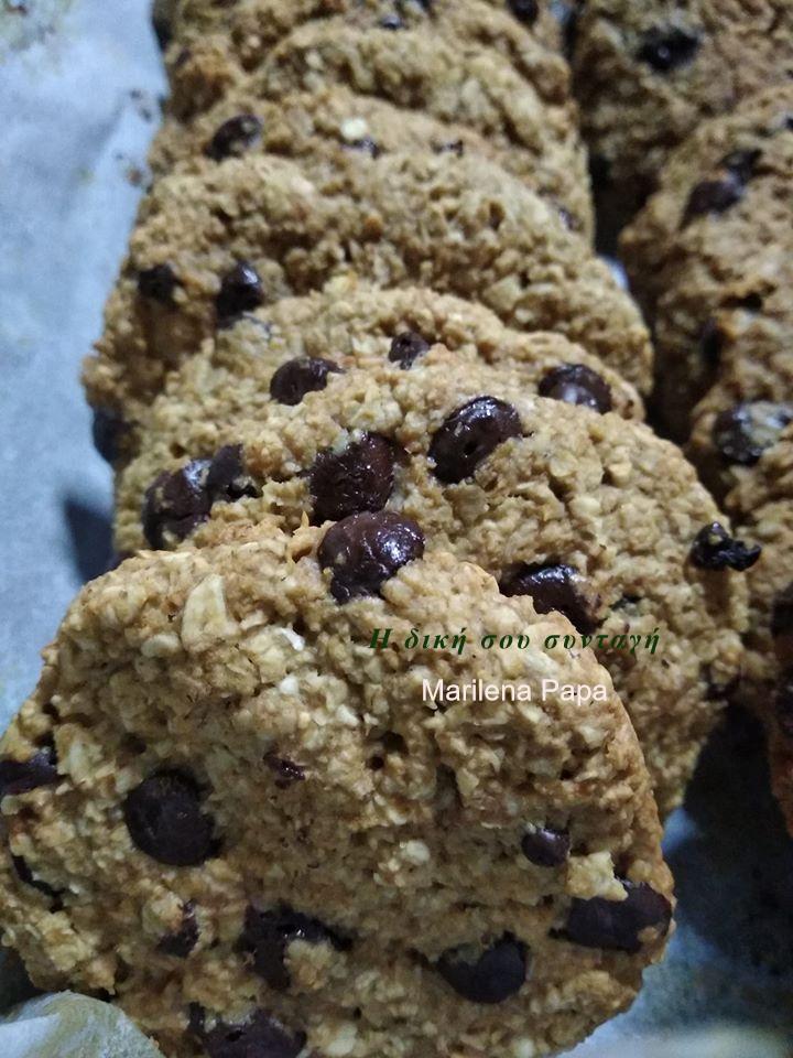 Μπισκότα βρώμης υγιεινά με μέλι και σοκολάτα