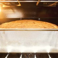 Bread-baking-oven